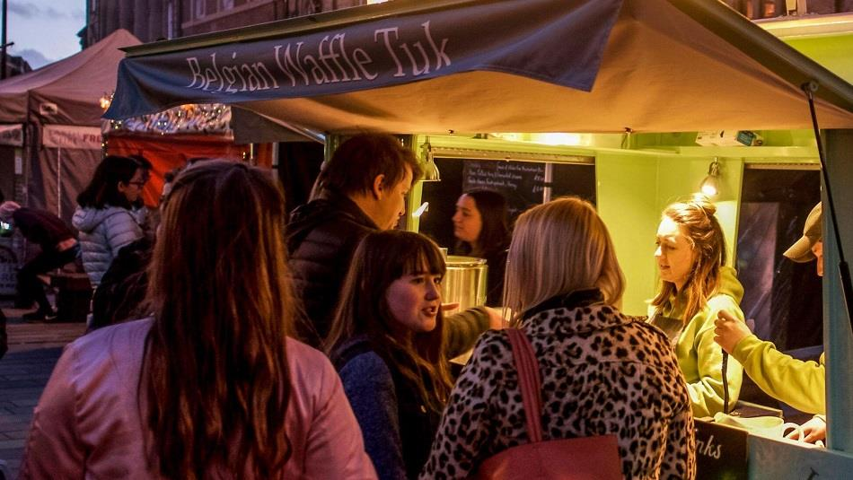 DURHAM FULL MOON STREET FOOD MARKET